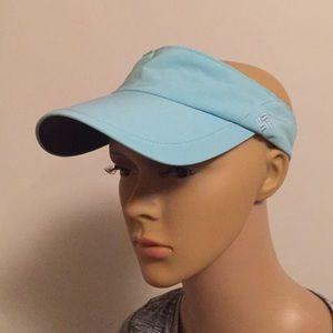 Columbia visor adjustable